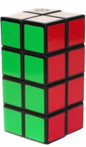 Rubik torony 2x2x4 társasjáték