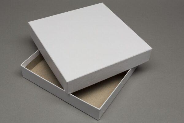 Játék doboz - 185x185x35mm