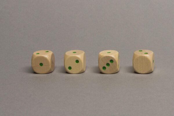 Dobókocka 1-1-2-2-3-üres