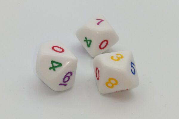 Dobókocka 10 oldalú színes számokkal
