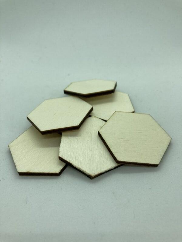 Rétegelt lemez hatszöglapka 40mm
